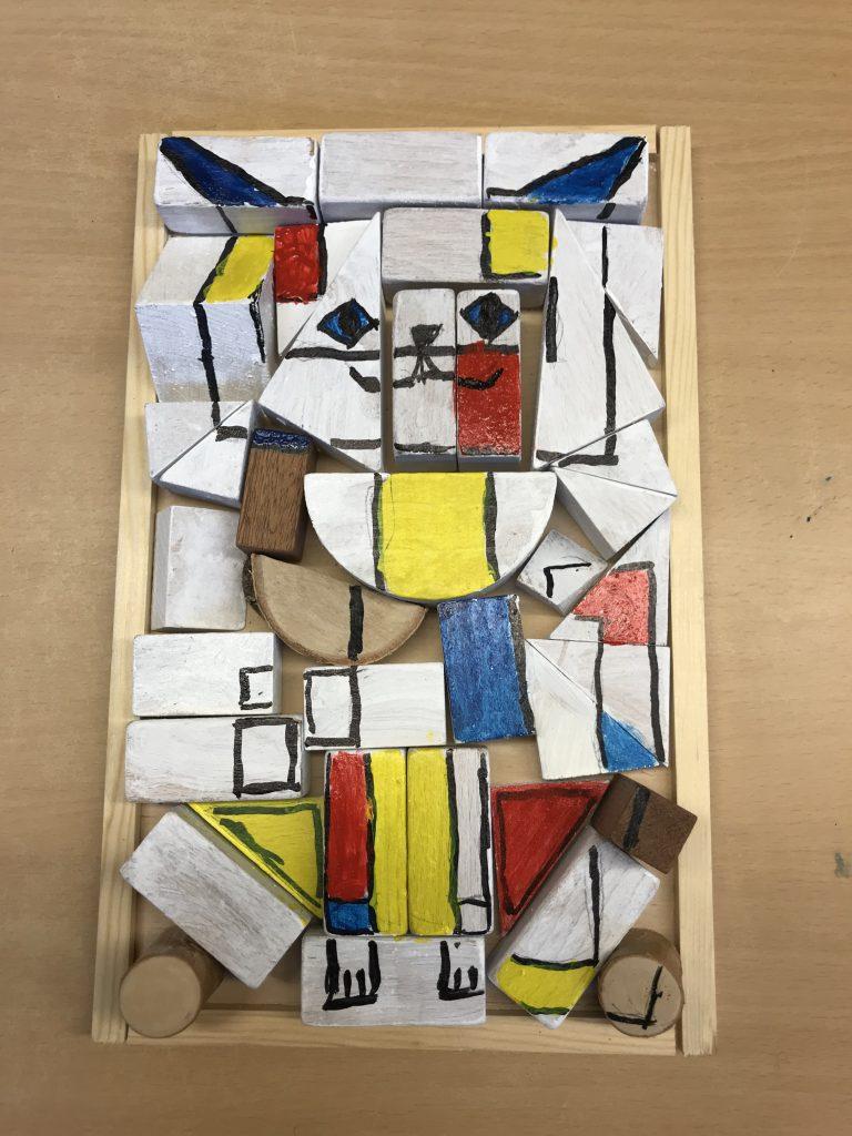 Ein Puzzle aus Holzstücke